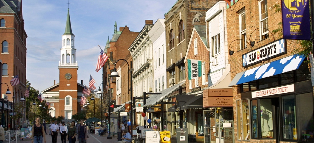 Burlington Vermont: Discover Vermont's beautiful cities, towns and beautiful landscapes.  Vermont is also called the green state due to its lush forests and rolling hills.  See America - See Vermont!