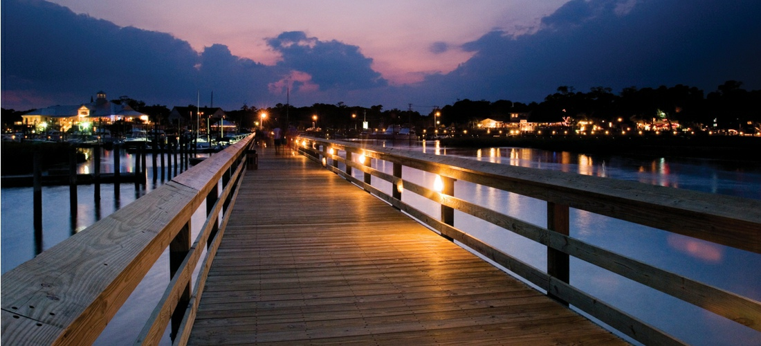 Murrells Inlet South Carolina lies on the beautiful Waccamaw Neck, which is a aesthetically pleasing peninsula created by the Atlantic and the Waccamaw River.