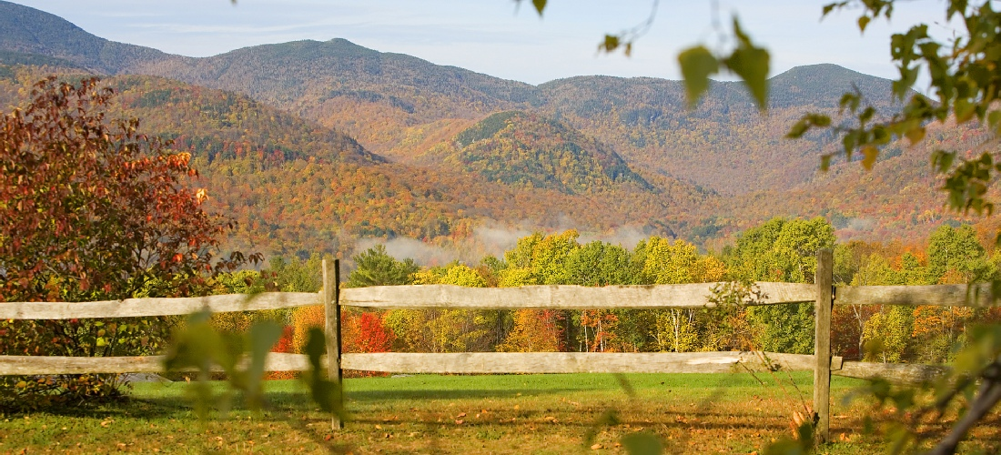 Discover Vermont's beautiful cities, towns and beautiful landscapes.  Vermont is also called the green state due to its lush forests and rolling hills.  See America - See Vermont!